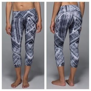 Lululemon Wunder Under Crop II Luon Heat Wave SZ 6